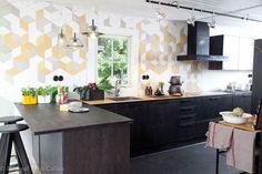 Puustelli keittiö / kök Cocinas Kitchen, Home Kitchens, Interior And Exterior, Table, House, Furniture, Koti, Home Decor, Space