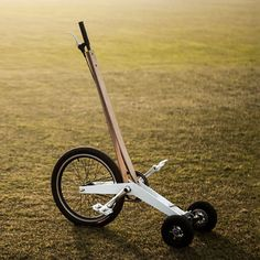 Halfbike pedal-powered scooter resembles a low-tech Segway