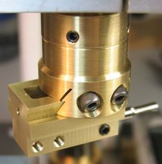Mini-machines need mini-tools Metal Working Machines, Metal Working Tools, Milling Machine, Machine Tools, Metal Lathe Tools, Archery Tips, Diy Cnc Router, Planer, Metalworking