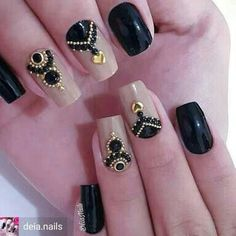 17 Ideas for manicure designs black silver Fabulous Nails, Gorgeous Nails, Love Nails, Pretty Nails, Gem Nails, Nail Manicure, Rhinestone Nails, Bling Nails, Crystal Nails