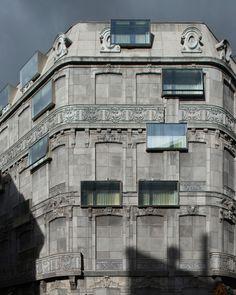 Hôtel Fouquet's Barrière, Paris, France. Edouard François Architecte. Photos © Martin Argyroglo