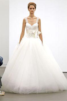#novias las amplias faldas de Vera Wang 13' extraordinarias piezas