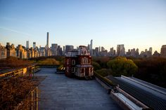 Atop the Met, a Haunting House - The New York Times