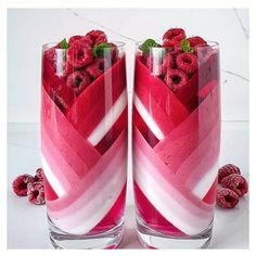 Watermelon Smoothies, Yummy Smoothies, Yummy Drinks, Yummy Food, Kreative Desserts, Colorful Drinks, Cute Baking, Milk Shakes, Aesthetic Food