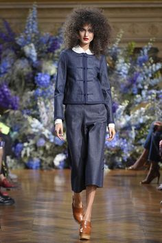 Vanessa Seward Spring 2017 Ready-to-Wear Collection Photos - Vogue