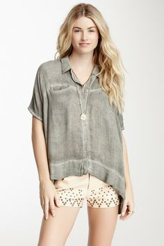 Free People Boxy Woven Shirt // great button-up shirt for a breastfeeding mama
