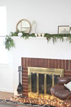Decorating your mantel for Christmas via simply grove