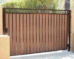 47 ideas for backyard fence gate garage Iron Fence Gate, Wrought Iron Driveway Gates, Wood Fence Gates, Fence Gate Design, Iron Garden Gates, Front Gate Design, Fence Doors, Main Gate Design, House Gate Design