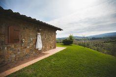Destination Wedding at Mormoraia Farmhouse, San Gimignano, Tuscany, By Elika Hunt Photography - Full Post: http://www.brideswithoutborders.com/inspiration/destination-wedding-in-tuscany-by-elika-hunt
