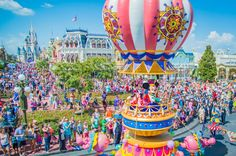 Best Parades At Walt Disney World - The Bucket List Narratives