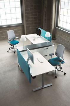 Disposition parfaite pour joindre deux aires de travail   Oberon - Desks - Office furniture - Kinnarps