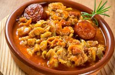 Spanish Kitchen, Spanish Food, New Kitchen, Lychee Fruit, Tapas, Food To Make, Curry, Food And Drink, Cooking Recipes