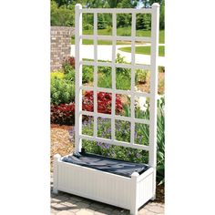 Another pick for the deck privacy screen. I want a double planter box - 1 for vines and 1 for seasonal flowers.
