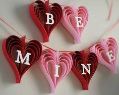 Artículos similares a Be Mine banner Valentines day garland of hand cut hearts en Etsy
