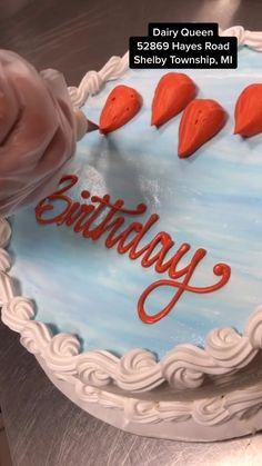 Cupcake Decorating Tips, Buttercream Cake Decorating, Buttercream Cake Designs, Cupcake Cake Designs, Simple Cake Designs, Cake Decorating Designs, Birthday Cake Decorating, Cupcake Cakes, Cake Icing Techniques