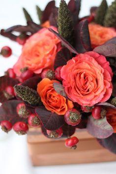 fall wedding, Portland, wedding flowers, orange wedding, red wedding, fall centerpiece