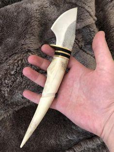 Blacksmithing Knives, Bushcraft Knives, Deer Antler Crafts, Obsidian Knife, Antler Knife, Georgia, Knife Template, Knife Making Tools, Knife Patterns