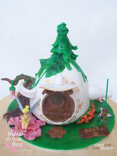 Tarta La casa de Campanilla - Tinkerbell's house cake www.tartasdelunallena.blogspot.com maria jose cake designer