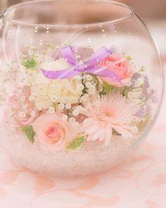【2017年夏】インスタで話題の結婚式アイデア・アイテムまとめ | marry[マリー] Wedding Themes, Wedding Decorations, Table Decorations, Wedding Bouquets, Wedding Flowers, Chair Sashes, Table Flowers, Wedding Table, Tea Party