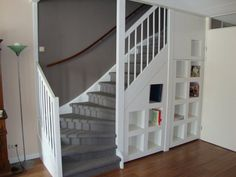 Pennewaard Fijnbouw - Pull out staircase cabinet =favourit=