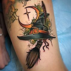 If you believe that Halloween is not just a festival but a lifestyle, then you should definitely get a Halloween tattoo. Here& the best Halloween tattoos. Future Tattoos, Love Tattoos, Beautiful Tattoos, New Tattoos, Body Art Tattoos, Tattoos For Women, Tatoos, Awesome Tattoos, Pretty Tattoos
