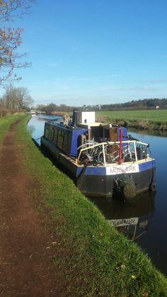 Mudlark on the Staffs and Worcester near Penkridge. Canal Boat, Narrowboat, Worcester, Walks, Boats, Hiking, Boat