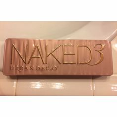 Urban Decay Naked 3 Palette Authentic UD 12 shadow palette. UD shadows have amazing quality, only used it once before. Urban Decay Makeup Eyeshadow
