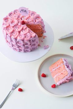 Rose Buttercream Cake Tutorial - if you've always wondered how to make yours look like this.