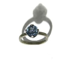 Handmade ring in 18ct white gold and set with a lovely natural bi-coloured sapphire from responsible mining in Malawi Handmade Engagement Rings, Bespoke Jewellery, Gemstone Colors, Precious Metals, Sapphire, White Gold, Gemstones, Diamond, Natural