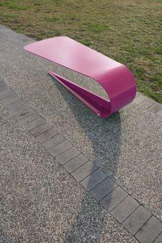 Petalo bench by CitySi selected for the Muuuz International Award 2014 - A petal of a flower gently folded back on itself