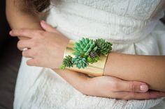 Susan McLeary est une artiste américaine qui est également passionnée de fleurs. Elle a d'ailleurs créé Passionflower, sa propre structure qui lui permet d