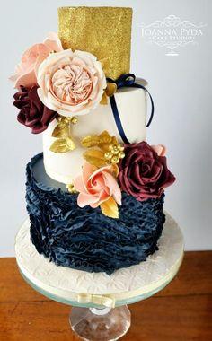 Ruffles and flowers - Cake by Joanna Pyda Cake Studio