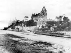 Johnston St,Annandale,in the inner west of Sydney in the 1880s,showing The Abbey. 🌹