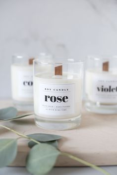 DIY :: Wood Wick Soy Candle – coco kelley – The best ideas Wood Wick Candles, Candle Jars, Candle Maker, Diy Candle Labels, Candle Gifts, Rose Candle, Soy Wax Candles, Diy Candle Wick, Cheap Candles
