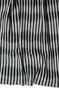 Intarsia stripe knit