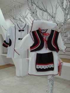 Costum alb popular fetite Baby Car Seats, Activities For Kids, Women's Fashion, Costumes, Children, Tricot, Young Children, Fashion Women, Costume