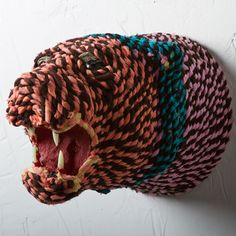 Rope Wrapped Lion Mount now featured on Fab.