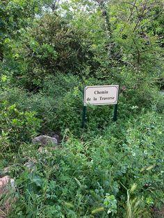 Chemin de la Traverse - the footpath that leads to Saint-Jean-de-Minervois