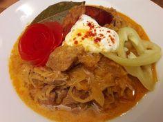 Székelykáposzta ahogy én készítem / Szoky konyhája / - YouTube Hungarian Recipes, Thai Red Curry, Food And Drink, Cooking, Ethnic Recipes, Youtube, Kitchen, Youtubers, Brewing