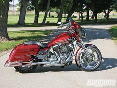 Pretty Fast, Or Fast & Pretty Harley Davidson History, Motos Harley Davidson, Harley Davidson Street Glide, Harley Gear, Harley Bobber, Harley Bikes, Hd Street Glide, Custom Street Glide, Bagger Motorcycle