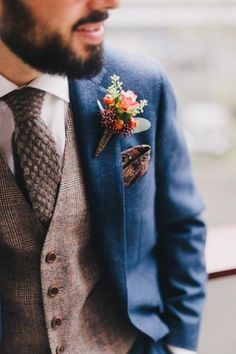 Berry Boutonniere wedding ideas groom outfit Top 10 Style Tips For Dapper Grooms - Chic Vintage Brides Wedding Men, Trendy Wedding, Wedding Blue, Wedding Rustic, Wedding Flowers, Fall Wedding Suits, Wedding Bridesmaids, Blue Tweed Wedding Suits, Blue Tweed Suit