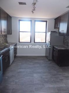 Lakeview/Wrigleyville- 3933 N Clarendon Avenue  60613 $980
