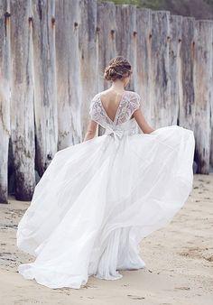 Anna Campbell 2016 Spirit Wedding Dresses   http://www.deerpearlflowers.com/anna-campbell-2016-spirit-wedding-dresses/