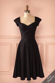 Santina - Black a-line retro midi dress Pretty Outfits, Pretty Dresses, Stylish Outfits, Beautiful Dresses, Elegant Outfit, Classy Dress, Dress Skirt, Dress Up, Hair