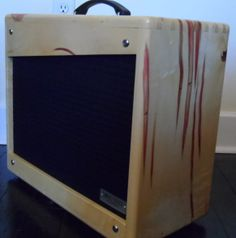 """Features include hand-wired all-tube circuitry with premium components; circuit based on late-'50s, 5E3 amp circuit. 12 watts; single channel with high-gain and low-gain inputs; fixed bias for increased headroom; single 12"""" speaker for increased high-gain playing definition; two 6V6 output tubes, two 12AY7 preamp tubes and 5Y3 rectifier tube; Mercury Magnetics custom transformers; solid wood enclosure. This amp is great for a wide array of styles."""