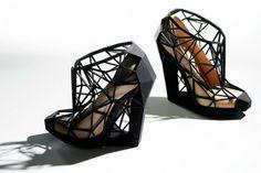 Conheça a designer brasileira por trás dos sapatos 3D que conquistaram Beyoncé e Gaga // Notícias // FFW