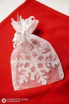 Snowflake Christmas ornament as wedding favor