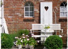 Scandinavian Garden, Garden Gates, Garden Sheds, Sweet Home, Shabby Chic, Home And Garden, Cottage, Outdoor Structures, Flowers