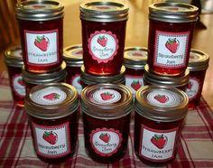Craft Sew Create: Strawberry Jam and FREE Printable Labels! Jam Jar Labels, Jam Label, Food Labels, Printable Labels, Free Printables, Strawberry Crafts, Strawberry Jam, Strawberry Fields, Cooking Jam
