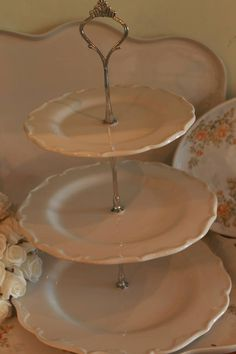 --->Uriarte 1456 y Gorriti, Palermo Soho ♥♥♥ #rosas #roses #romanticcoutage #romance #romantic #torta #cake #cookies #cupcakes #chic #porcelana #vajilla #palermo #palermosoho #palermoviejo #buenosaires #argentina #pinkroses #pink #vintage #vintagedeco #shabbychic #chicdeco #mesadulce #muffins #love #cute #princes #queen #pretty #food #dessert #sweets #antique #antiquedeco #porcelain #romanticstyle #decostyle #chicstyle #artandcraft #craft #art #romanticdeco #chocolate #cruz